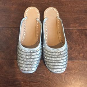 Sequined Silver back open flats Sz 8